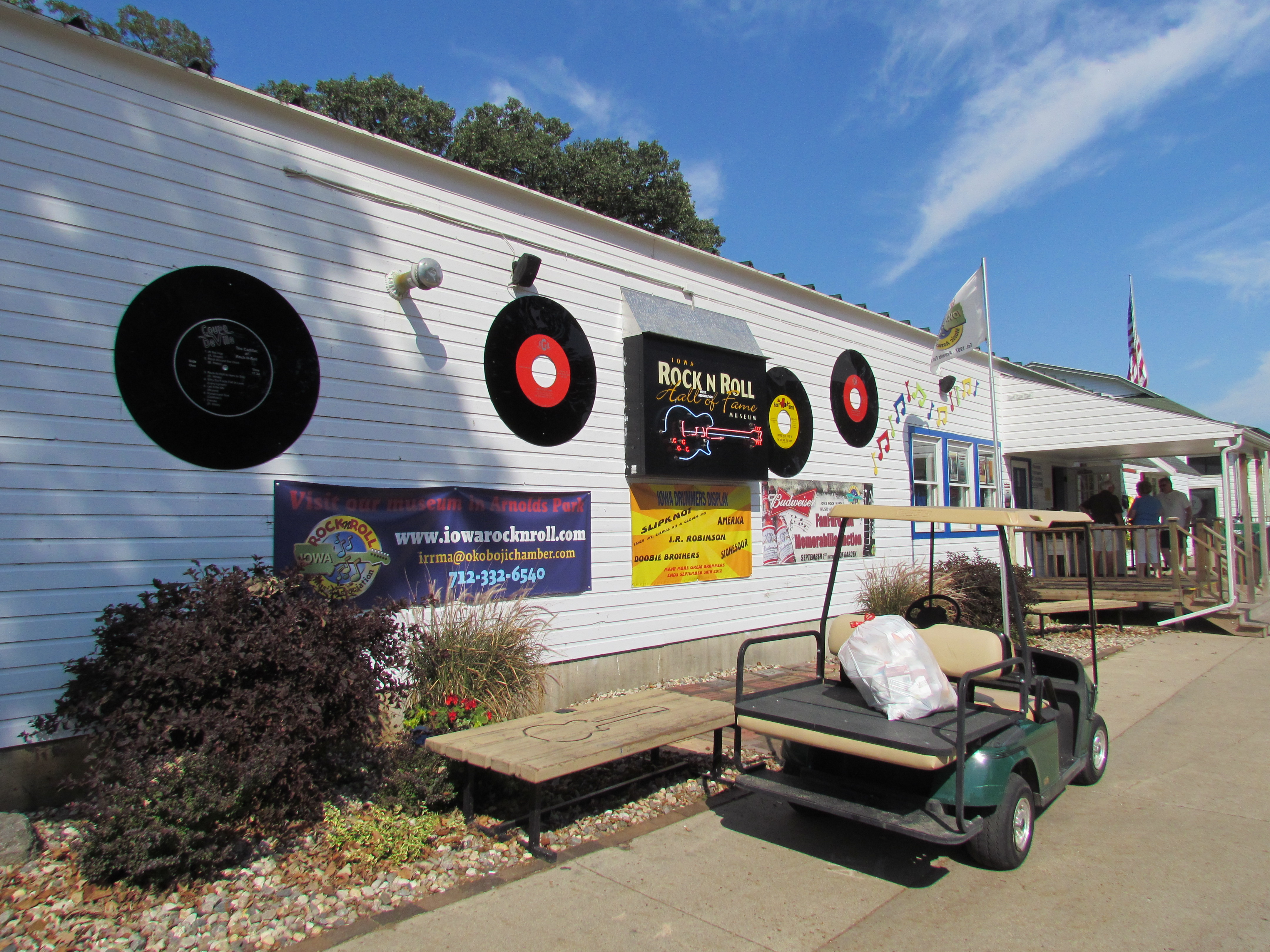 Iowa Rock n Roll Hall of Fame and More! – livinglifejoyfully